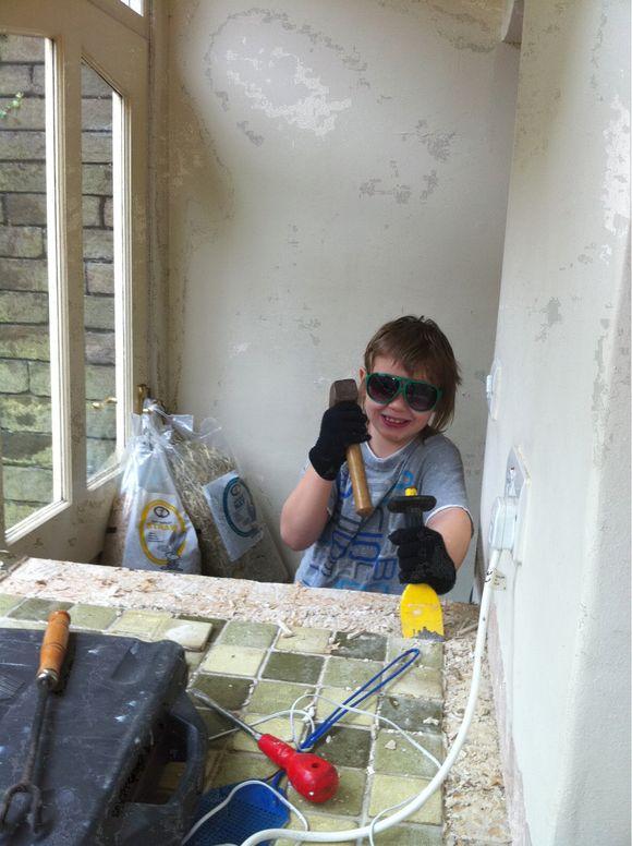 Kitchen demolition - it's started